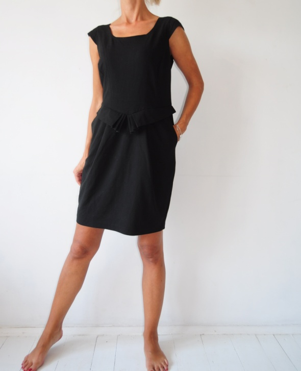Suknie i sukienki sukienka Next czarna ołówkowa kieszenie