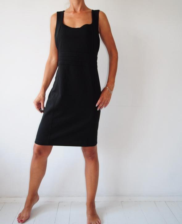 Suknie i sukienki sukienka Wallis czarna ołówkowa