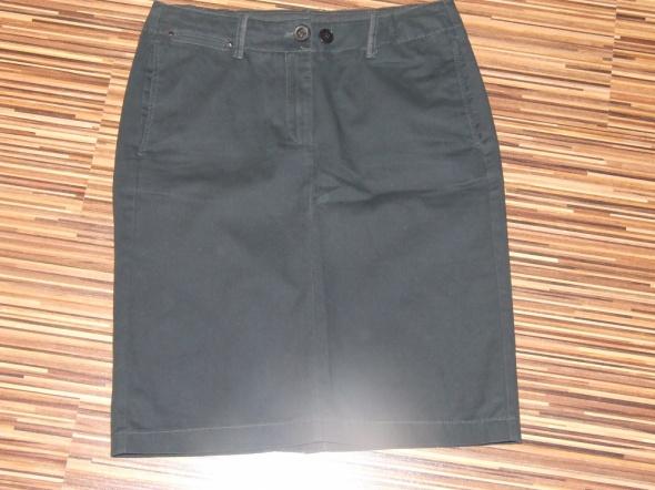czarna spodnica Mango rozmiar 36...