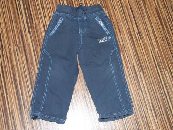 spodnie chlopiece KappAhl rozmiar 98...