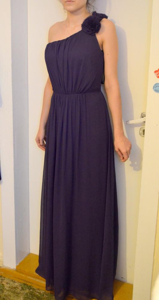 długa balowa studniówkowa sukienka fioletowa 40