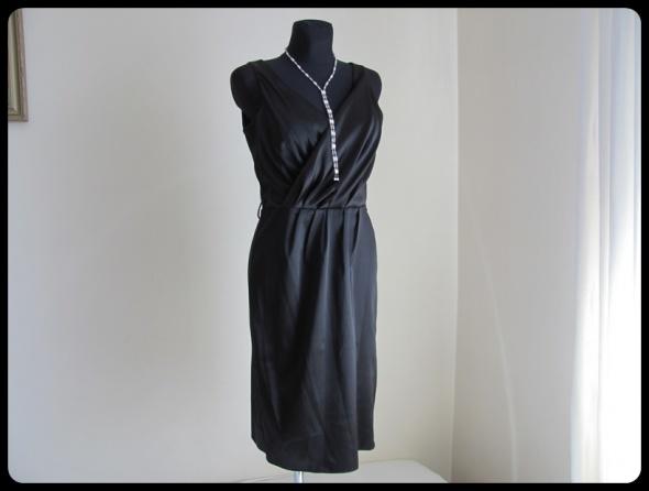 Suknie i sukienki MAŁA czarna elegancka sukienka nowa z metką sklepową 40 L