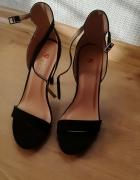 Czarne sandalki rozm 36