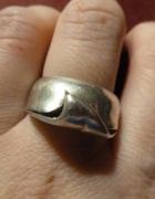 pierścionek wywinięty srebro
