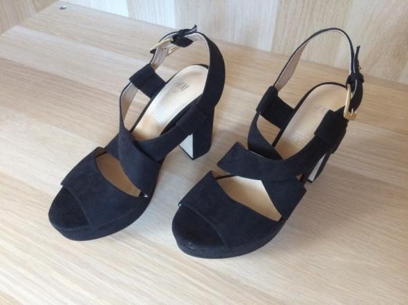 H&M piękne czarne sandały sylwester karnawał