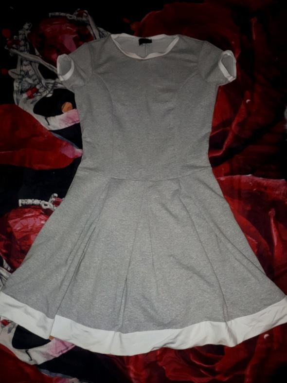Nowa szarą sukienka S M