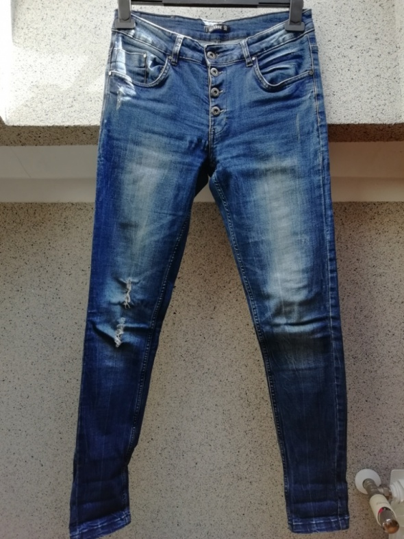 Długie spodnie dżinsy Diverse dziury TANIO...