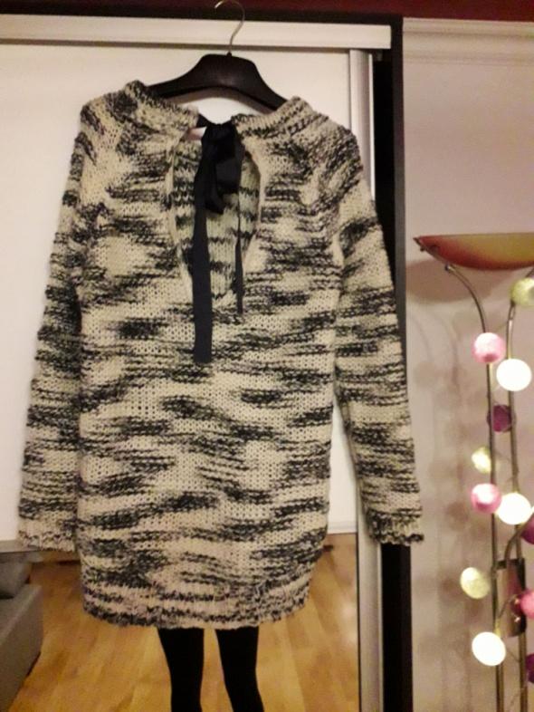 sweter pull&bear