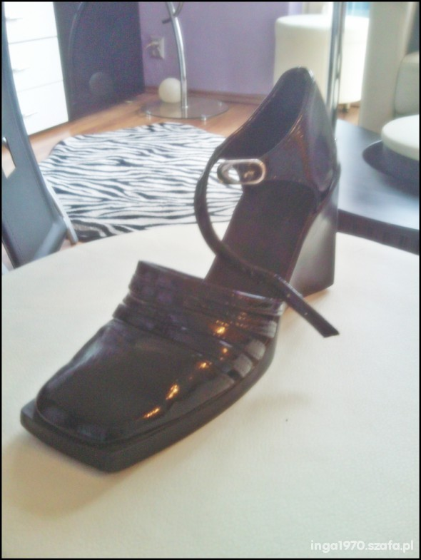 Czarne lalierowane stylowe koturny 37 38