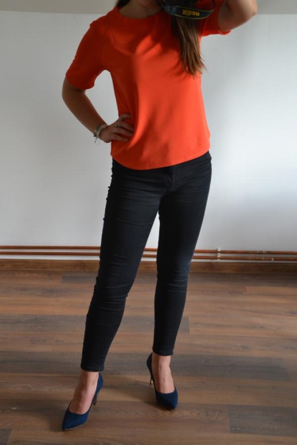 Pomarańczowa elegancka bluzka...