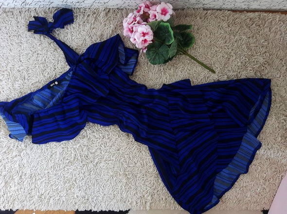 SINSAY cudna sukienka