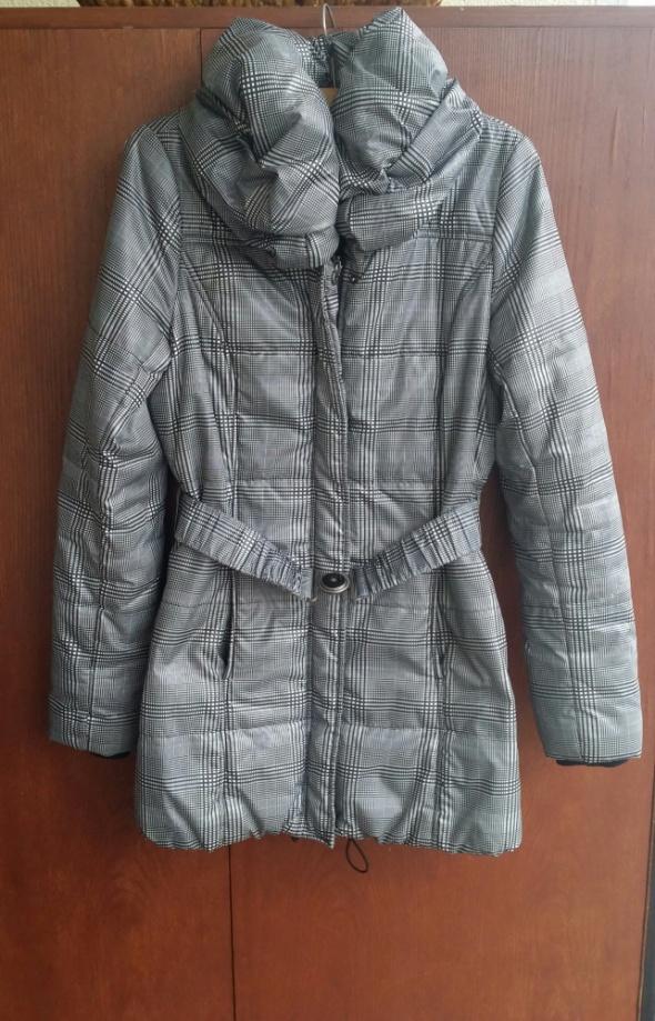 Idealny pikowany płaszcz Orsay M...