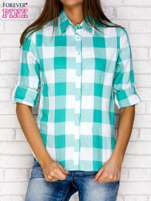 Miętowa koszula w kratę z podwijanymi rękawami