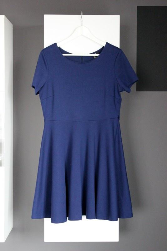 d388e607bb Suknie i sukienki sukienka h m granatowa klasyczna rozkloszowana kloszowana  granat basic dzianinowa z dzianiny