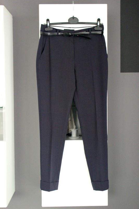 d5a6c6519726b Spodnie spodnie garniturowe w kantkę mango basics z czarnym paskiem wysoki  stan z wysokim stanem