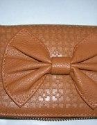Piękny portfel w wersji listonoszka