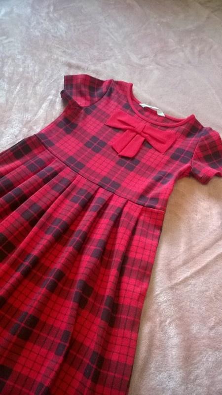Czerwona sukienka HM krata kokarda r 122 128 elegancka na wiele...