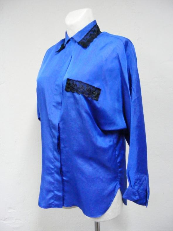 Koszula kobaltowa z koronką czarną fantazyjny krój