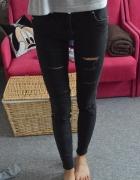 spodnie rurki dziury skinny czarne...