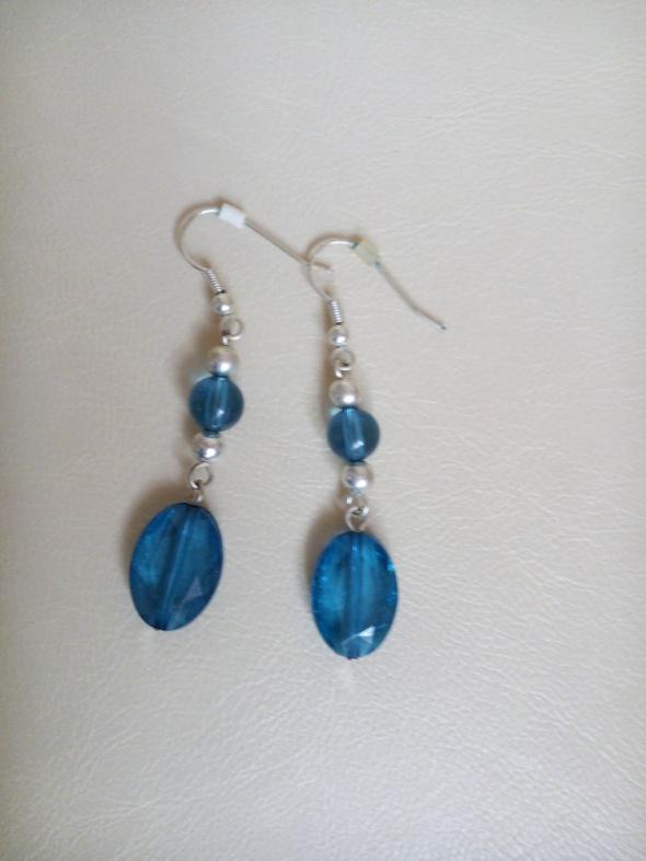 Kolczyki niebieskie C&A...