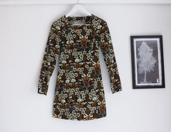 Sukienka na chłodne dni floral grubszy materiał
