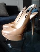 karmelowe wysokie szpilki platformy sandały
