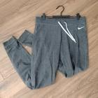 Spodnie dresowe damskie szafe NIKE rozmiar S