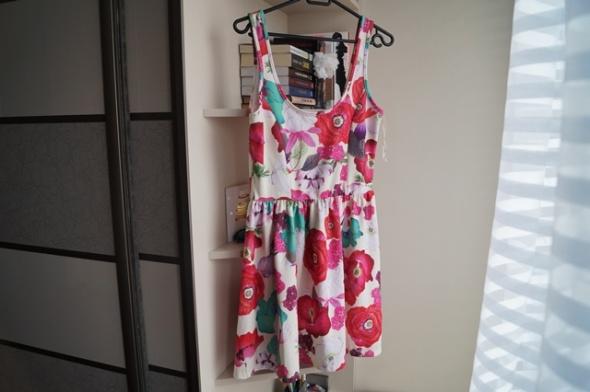 Sukienka floral Zara M