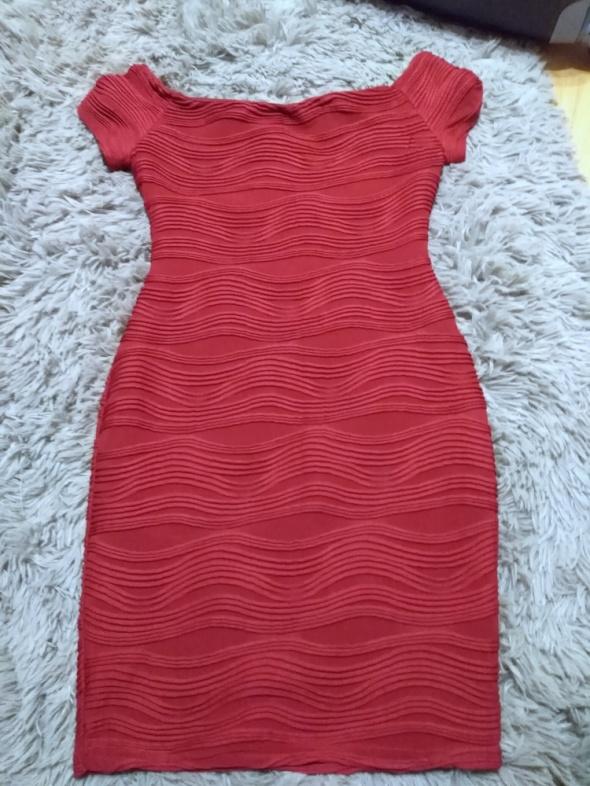 sukienka czerwona new look