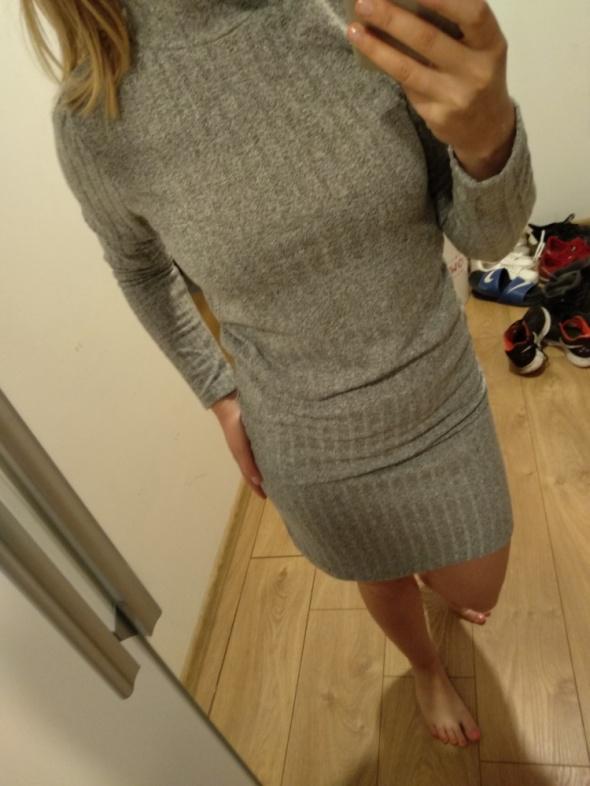 szara sukienka golf na jesień i zimę