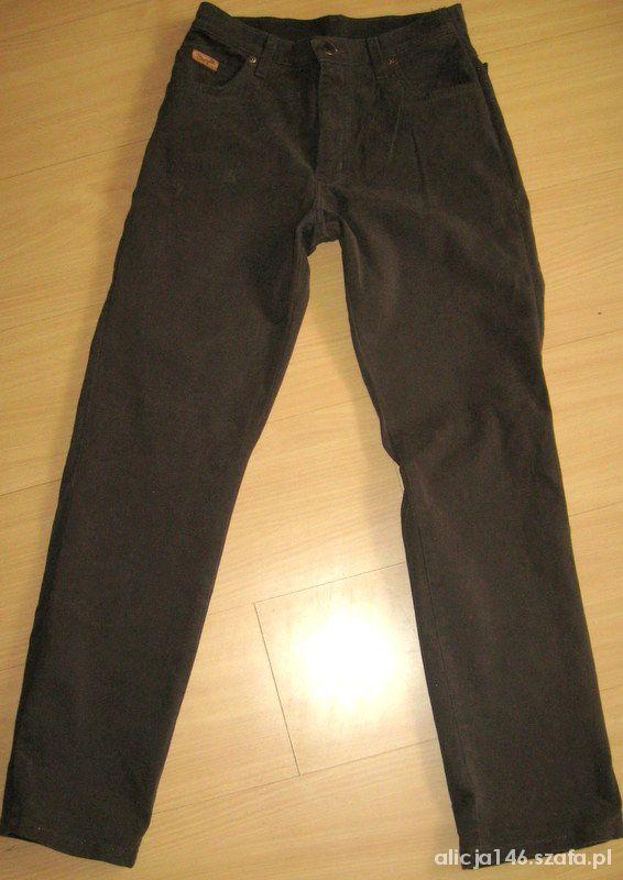Wrangler Texas Stretch brązowe spodnie 31 na 30...
