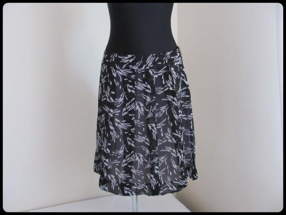 Spódnice Spódnica z zakładkami lekka zwiewna 40 L Urbanwomen TEX