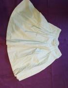 Zielona spódnica...