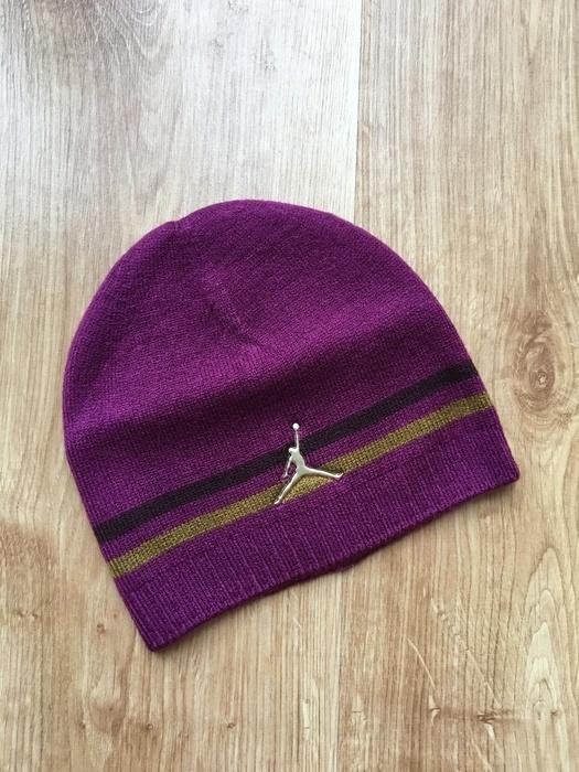 Nike Jordan damska nowa czapka zimowa fuksja...