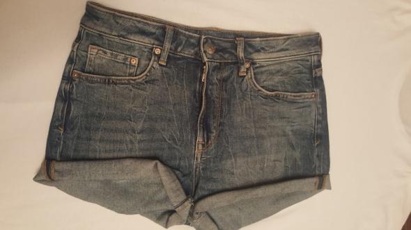 Jeansowe szorty hm...