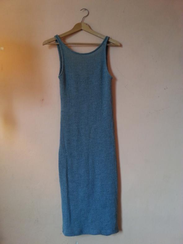 Dzianinowa sukienka Zara SM...