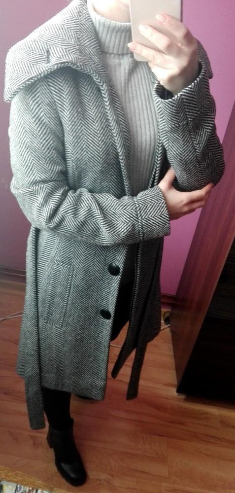 Szary płaszcz w jodełkę wiązany z wełną rozmiar Xs S...
