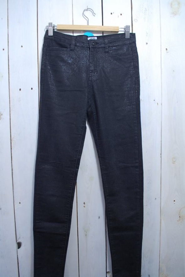 Jeansy rurki woskowane XS