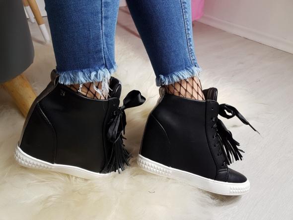 Sneakersy boho frędzle vices 36 41
