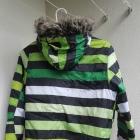 Zielona kurtka zimowa w paski z kapturem z futerkiem M Cropp Town Chillin