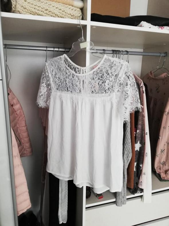 C&A nowa przewiewna biała bluzka z koronką...