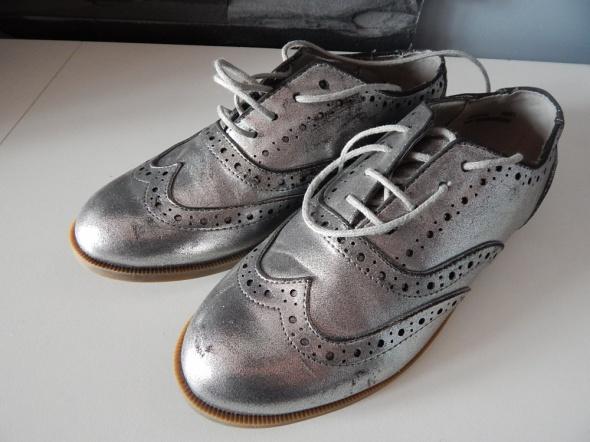srebrne buciki 39...
