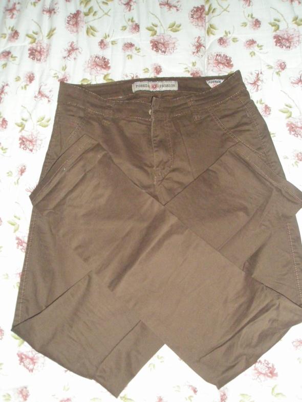 Spodnie męskie 32