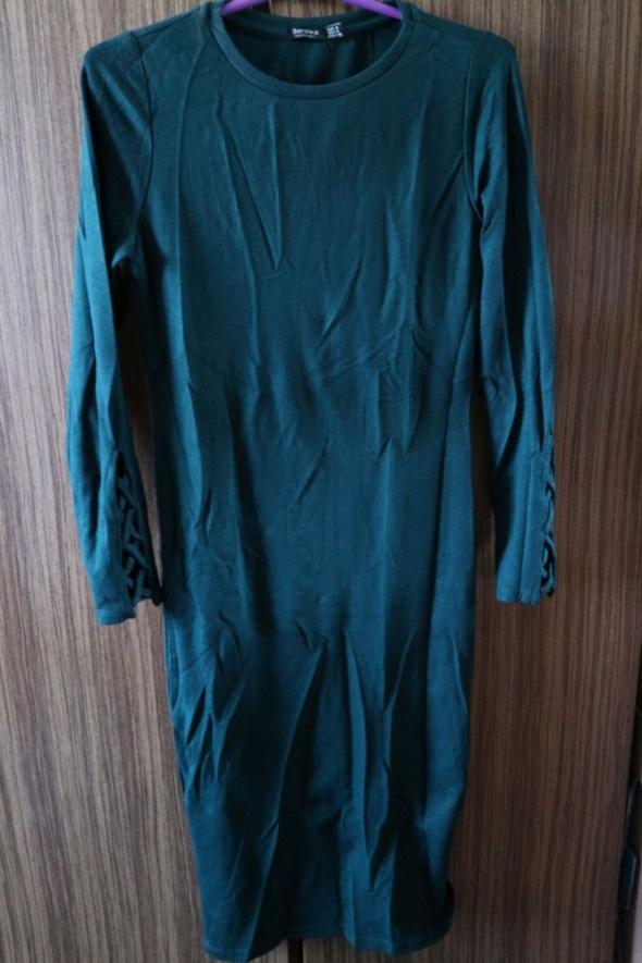 Zgrabna midi sukienka XSM ołówkowa wizytowa...