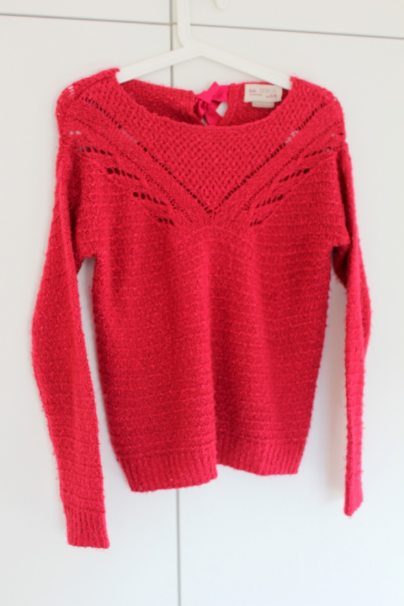 Sweter sweterek z kokardką Bershka ażurowy XS i S...