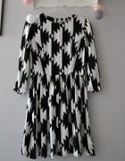 Asos śliczna czarno biała sukienka aztecki wzór rozkloszowana...