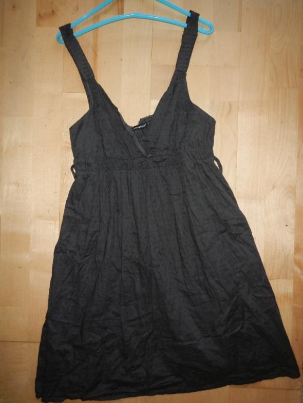 Sukienki XL XXL 42 44 po 15 zl firmowe...