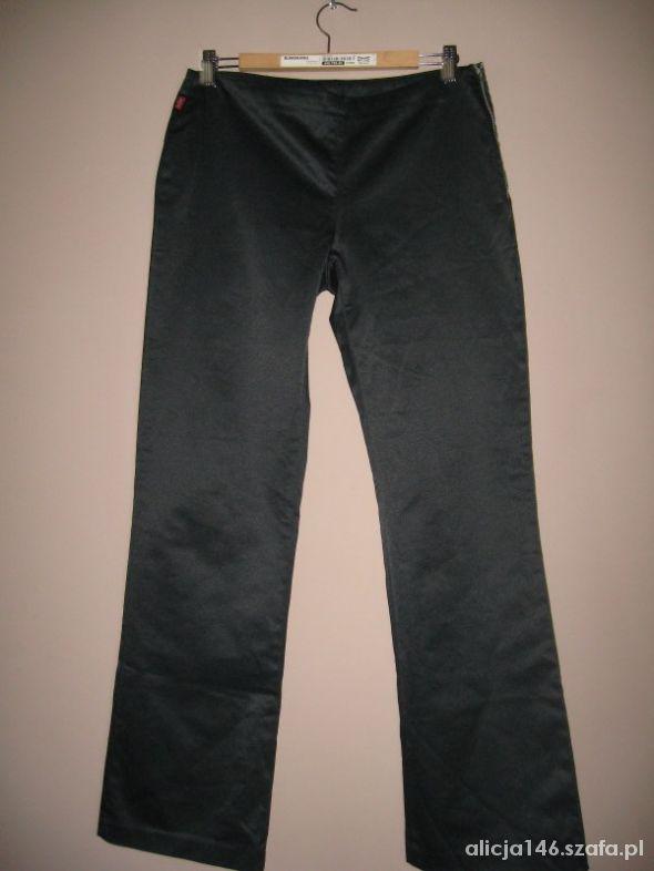 Levis Levi s Strauss eleganckie spodnie W 30 L 32...