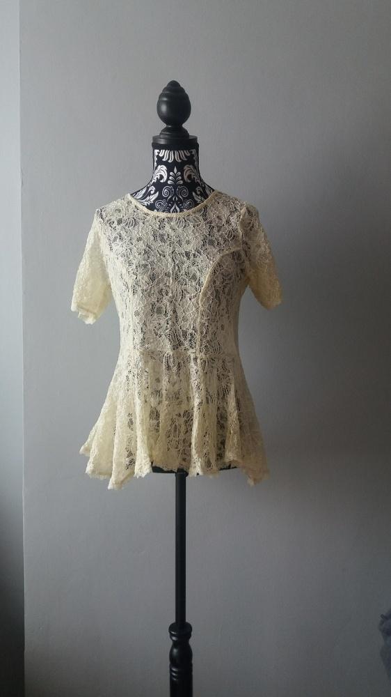 Idealna beżowa koronkowa bluzka S M...