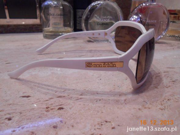 Białe okulary przeciwsłoneczne SMITH USA